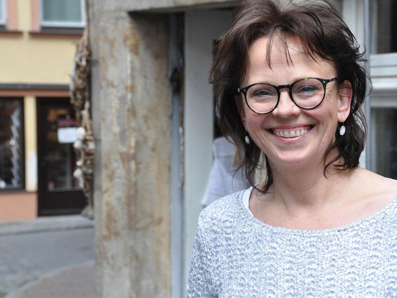 Inhaberin Birgit Benesch freut sich auf Ihren Besuch